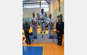 Arthur Amonles champion Ile de France sénior de Fighting System